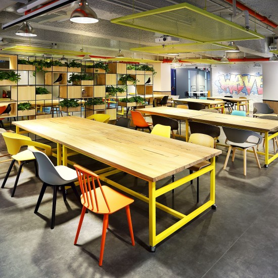 Visit to The Wave – A diversified innovation hub and co-working space for young entrepreneurs